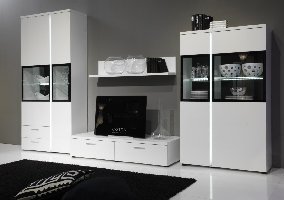 gemauerter grillkamin aus klinker die neuesten innenarchitekturideen. Black Bedroom Furniture Sets. Home Design Ideas